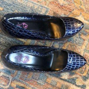 Blue patent heels